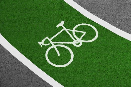 政策先行 新能源汽车回收利用箭在弦上