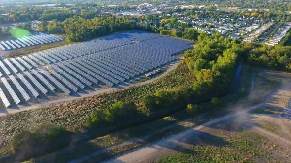聚高新能源为河源地面电站提供1MW光伏支架