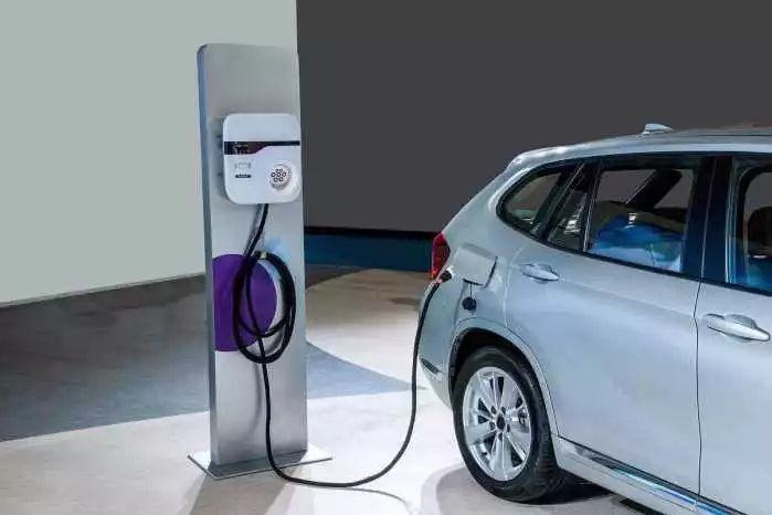 万物互联的5G时代,更快的网络覆盖下未来汽车将是这样的
