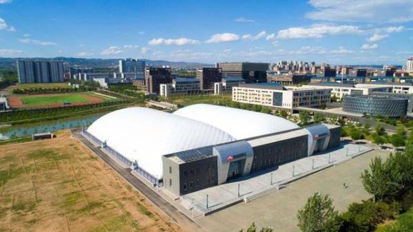 """直击""""二青""""水球体育场馆:两周建成的博德维气膜项目洛阳亚龙湾冲浪图片"""