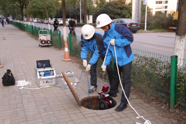 """CCTV 管道检测机器人,检测城市的""""毛细血管"""""""