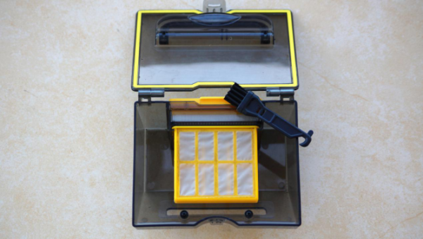 德国品牌斐纳TOMEFON-D60扫地机器人开箱测评