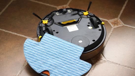 哪款扫地机器人性价比更高?2017三大热门扫地机器人开箱评测