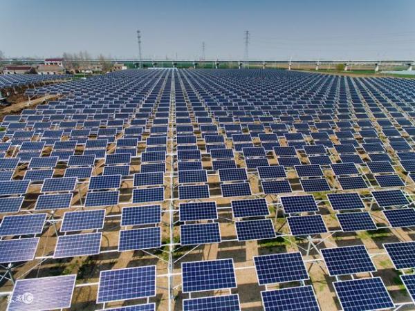 新洲8村光伏发电厂并网发电 每村估计年创收10多万元