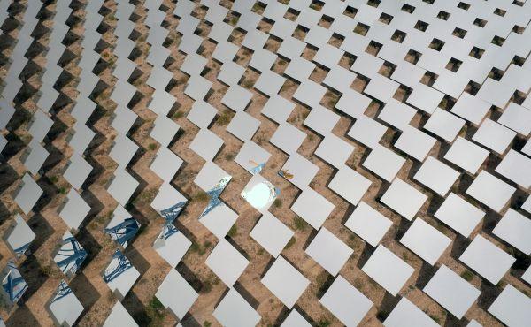 中国引领可再生能源市场40%份额 超经合组织全部国家总额