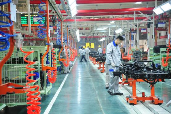 一汽解放青岛新能源基地投产 年产纯电动卡车5万辆