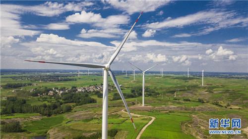 新能源谱新篇 光伏扶贫惠及41.28万贫困户