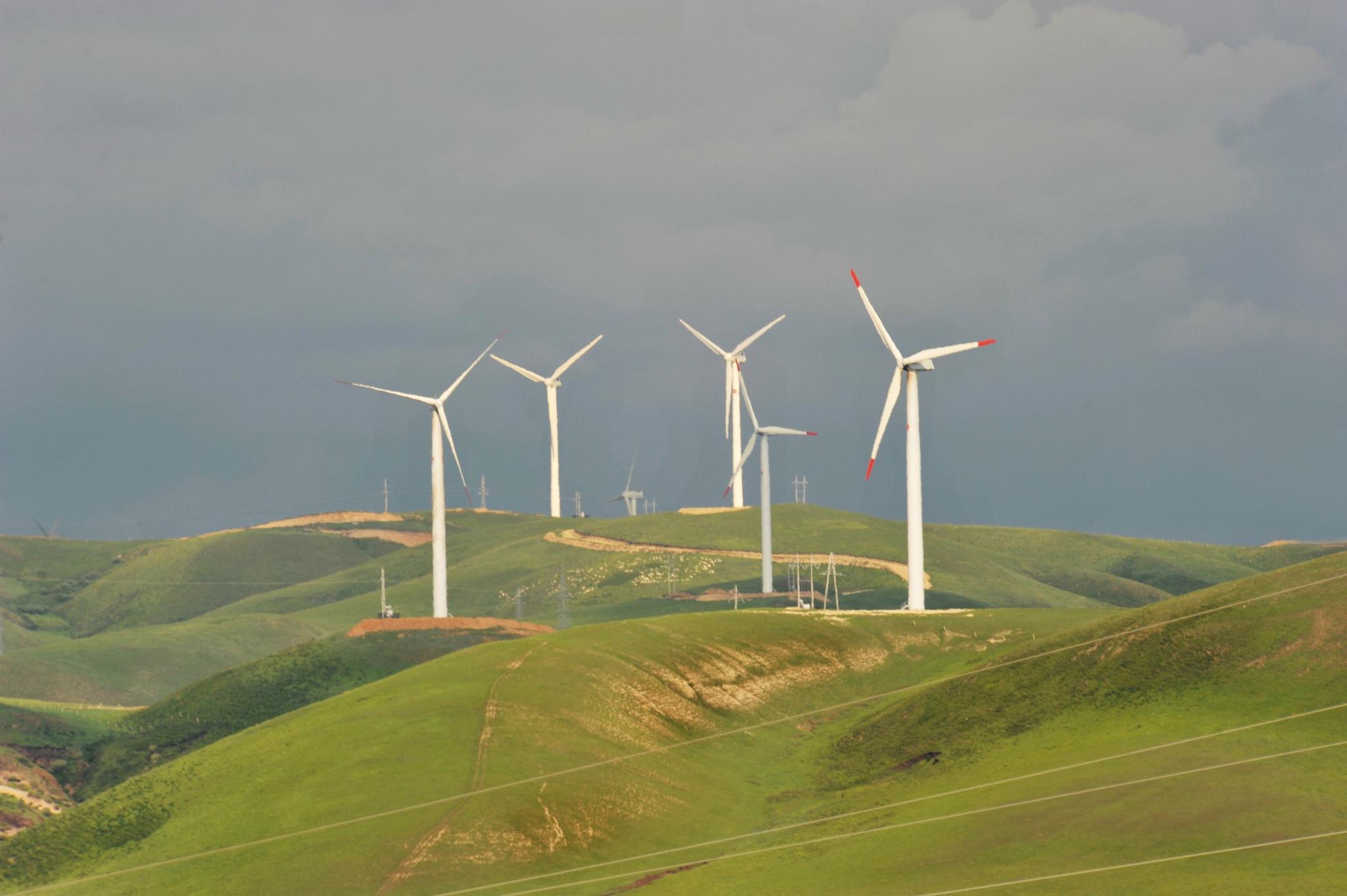 内蒙吉林试点风电供暖 促清洁能源就地消纳不再弃风