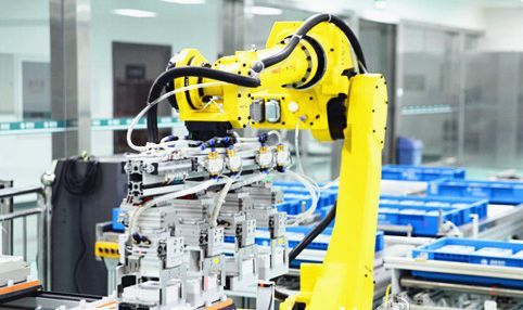 我国连续4年成全球最大工业机器人市场 未来如何闯关?