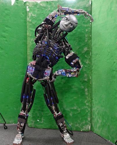 设计精密 日本造出重现人类肌肉和骨骼的机器人
