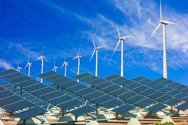 EIB银行投资1.5亿美元 助可再生能源公司建风电和光伏电站