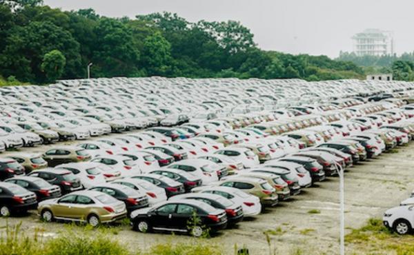 首批新能源车渐入置换期 二手车市场却遇冷