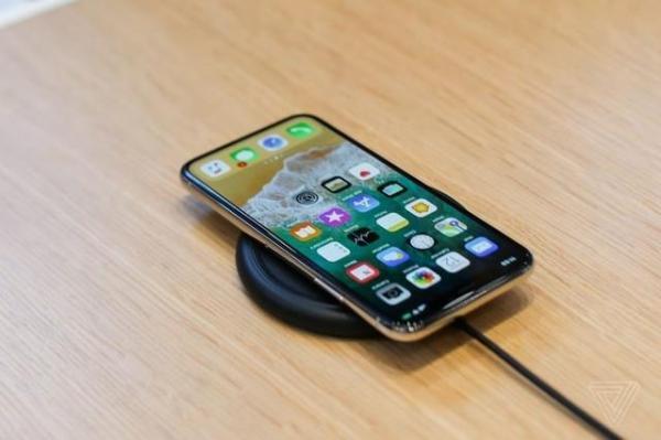 苹果再次发布警告,iPhone X无线充电暗藏隐患