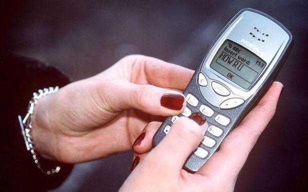 回顾短信发展25年历史 如今你还会用它做什么?