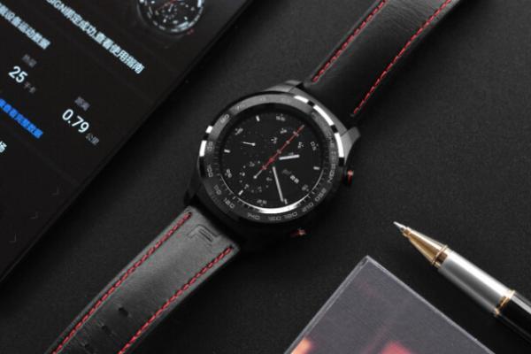 最时尚的手表是华为手表2保时捷设计