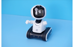 萤石儿童陪护机器人RK2 Pro评测:敢跑会说 无所不能