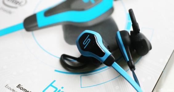2017年中国耳机市场规模达92亿元 智能化是未来趋势