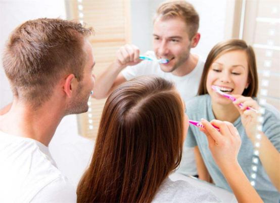 """笑由""""齿""""生,可以轻松净齿的电动牙刷哪个牌子好?"""