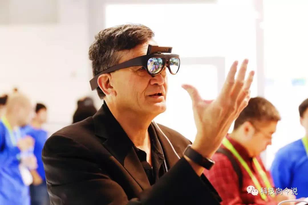 响铃:不做丑陋的东西,AR眼镜Rokid glass有自己的进化逻辑