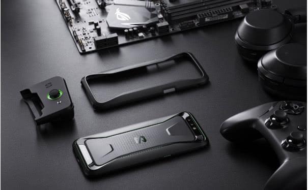 黑鲨手机广州媒体品鉴会开场!8G+256G竞技版即将来袭
