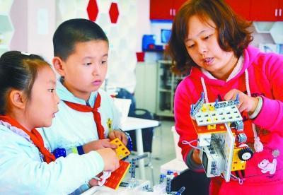 機器人早報:9月工業增速反彈 工業機器人同比翻番