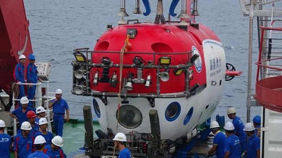 中国将在2020年建成万米载人潜水器 然后进行海试