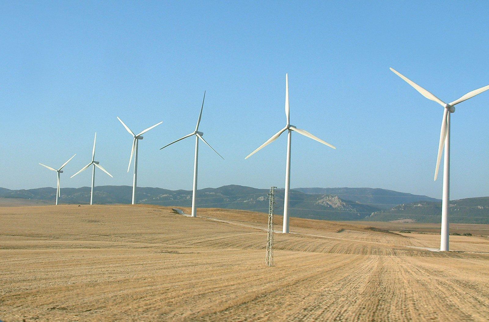 特高压工程竣工 西部风电源源不断助力东部