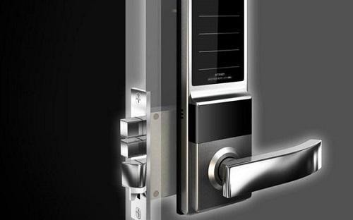 如何安全防范 锁舌电极是智能锁的关键