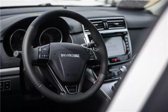 换装新变速箱后的哈弗M6,凭什么在8-10万元价格段站稳脚跟?