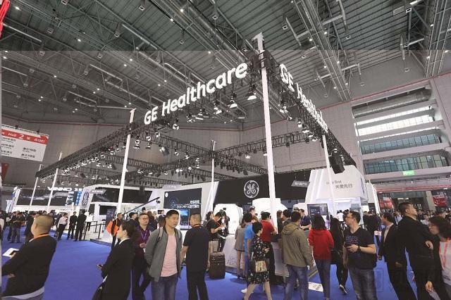 CMEF2018现场报道:4100家厂商、21个国家、600款新品,数字医疗解决方案成新主