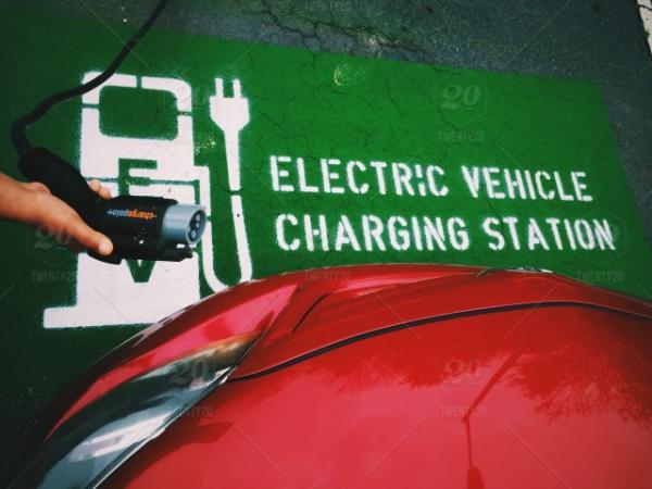 最快今年对外销售店铺内管理电池 比亚迪已和整车厂在谈