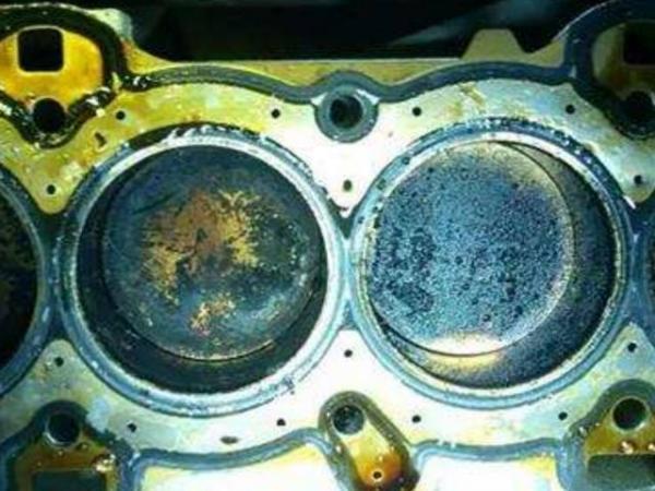 千万车主谈之色变的烧机油问题,到底是由哪些零部件引起的?