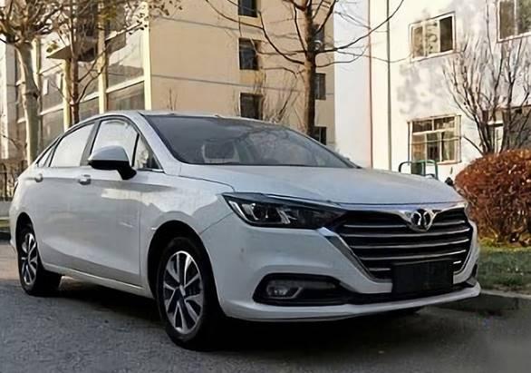 续航超500公里补贴后仅16万元,北汽新能源EU5北京车展将上市