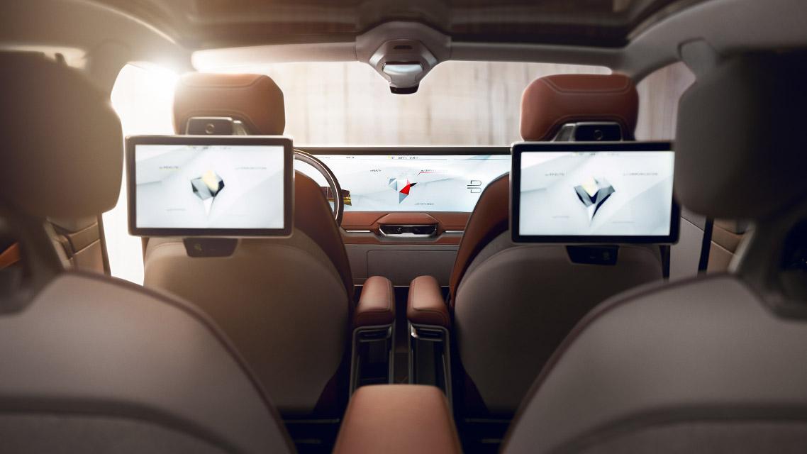 传统和现代的博弈,车内物理按键和触控大屏,到底哪个好?
