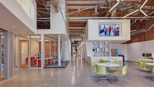 「案例分享」当旧仓库改造成清洁技术孵化中心 全世界都惊艳了