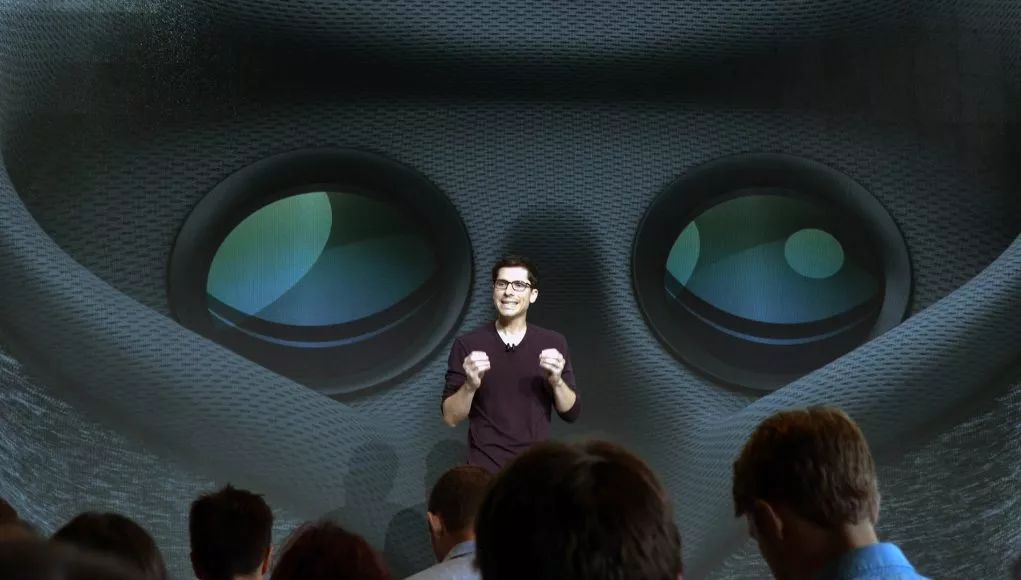 """谷歌将于5月份发布""""全球最高分辨率OLED-on-glass显示屏""""VR头显"""