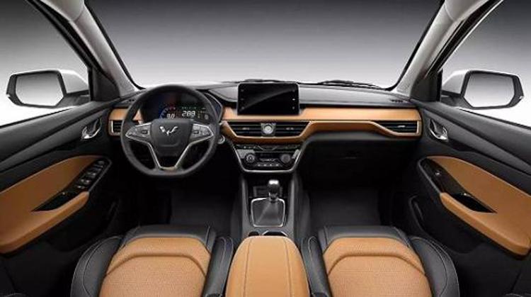 7座SUV买值还是买贵?长安欧尚X70A和五菱宏光S3