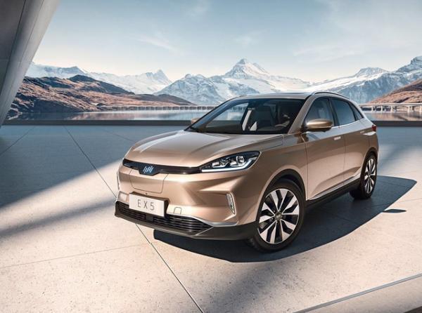 同样30万元预算买SUV插电混动还是纯电动好?