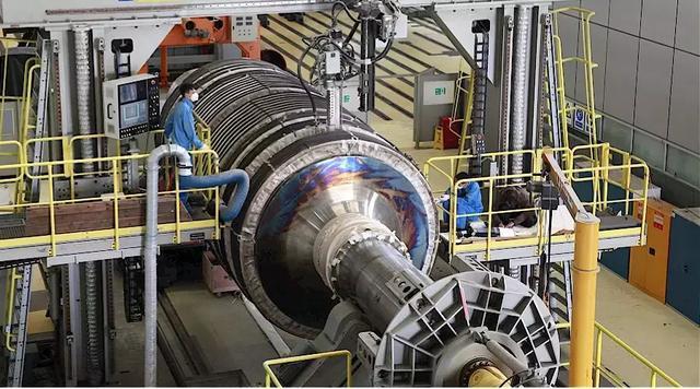 上海电气首根百万级核电焊接转子加工完成