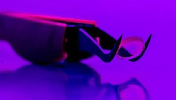 3D打印玻璃高级光学器件可与市售玻璃产品相媲美