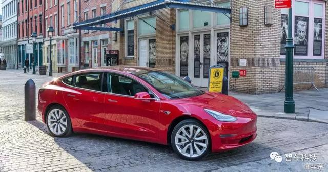 """马斯克曝Model 3低产能原因:特斯拉的""""过度自动化""""是个错误!"""
