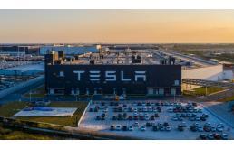 """特斯拉给国内本土品牌带来哪些影响?是新能源车市场的""""屠龙勇士""""吗?"""