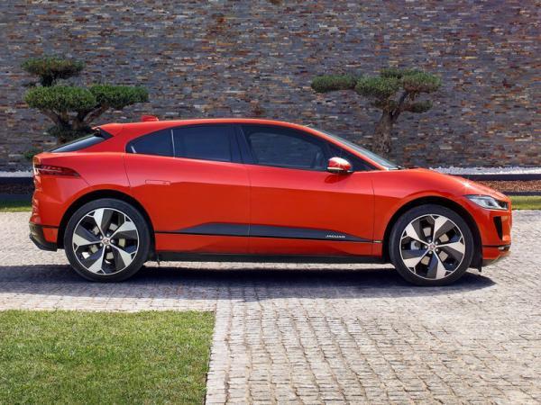 死磕特斯拉,这辆车装备双电机,百公里加速4.8秒,续航480公里!预计年内进口上市