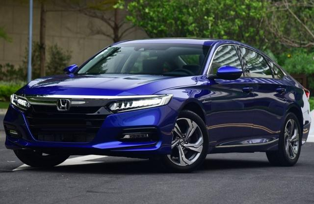 4月份已经上市的这5款新车,也就这款韩系车价格还不错