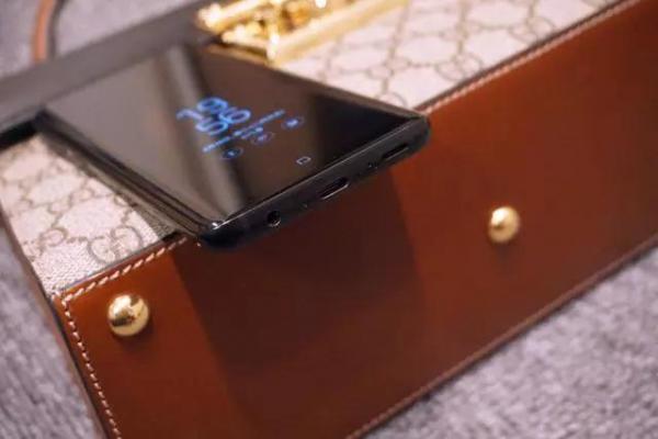 【评测】原来安卓机皇三星S9无人问津是因为...