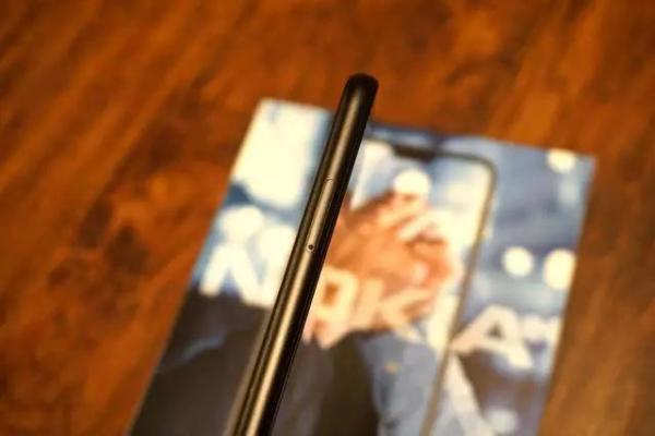 【评测】Nokia X6体验:刘海屏加持骁龙636 1299的售价几乎无短板