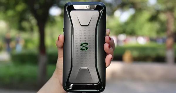 【评测】黑鲨手机体验: 手游者最佳装备