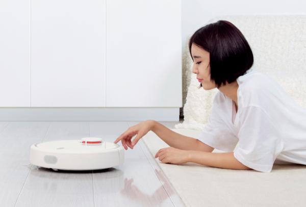 米家扫地机器人二代近日发布 携多项黑科技上市