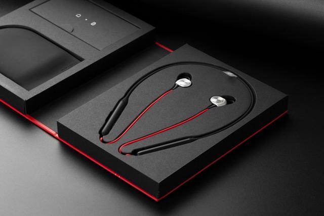 魅蓝发布新耳机:和BeatsX很像!价格却只有299元