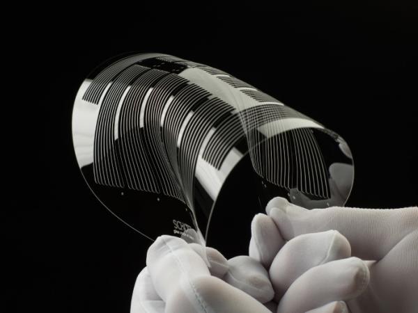 慕尼黑电子展 | 肖特推出带结构超薄玻璃晶圆和激光激发陶瓷荧光转换材料